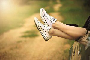 relax chill feet