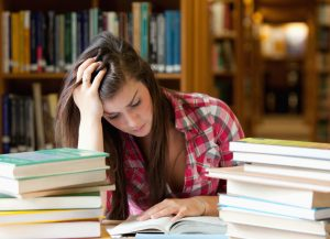 Studying (estudando)