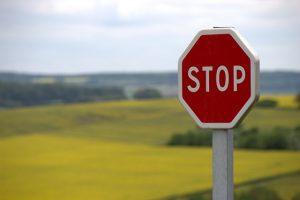 imperativo em ingles placas de sinalização